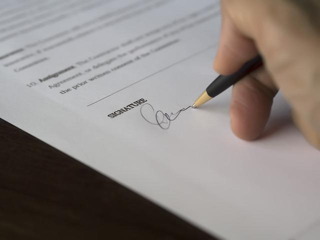 podpis dohody.jpg
